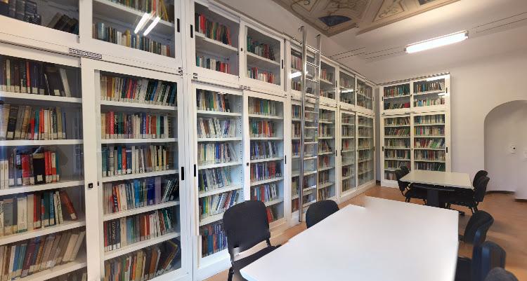 Biblioteca di Economia
