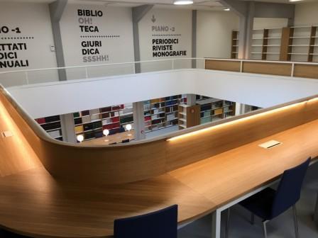Sala di consultazione Dell'Olio della Biblioteca giuridica